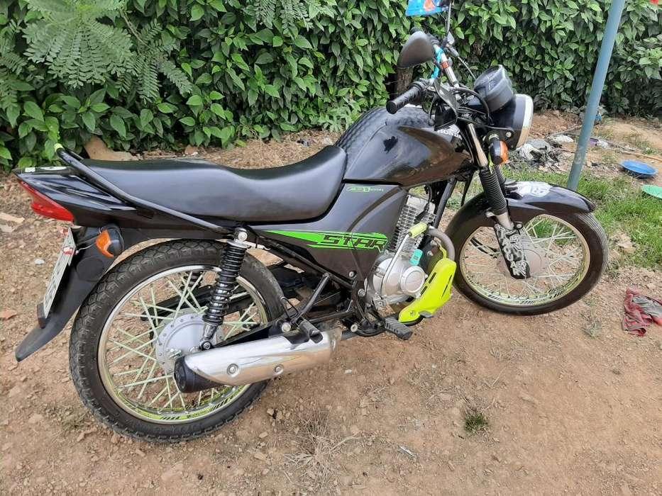 Se Cambia Moto <strong>honda</strong> Cb1star