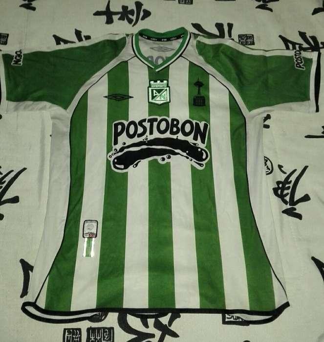 Colección de Camisetas de Nacional
