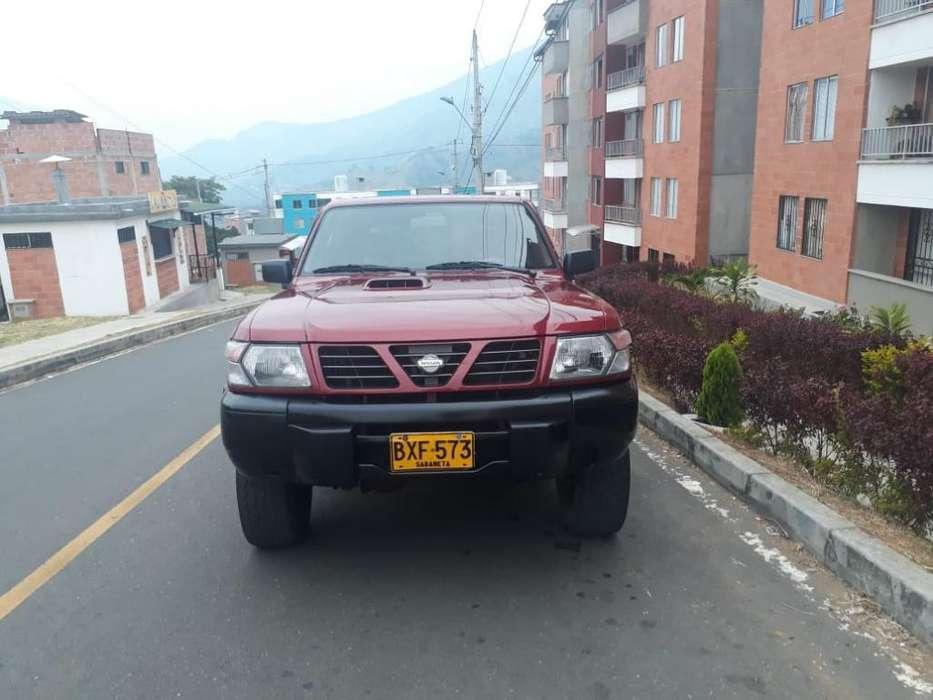 Nissan Patrol  1998 - 230000 km