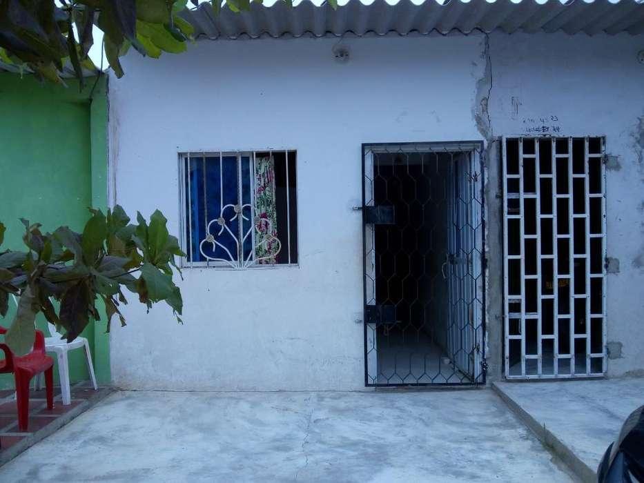 Se Vende Casa Dividida en Dos Apartament