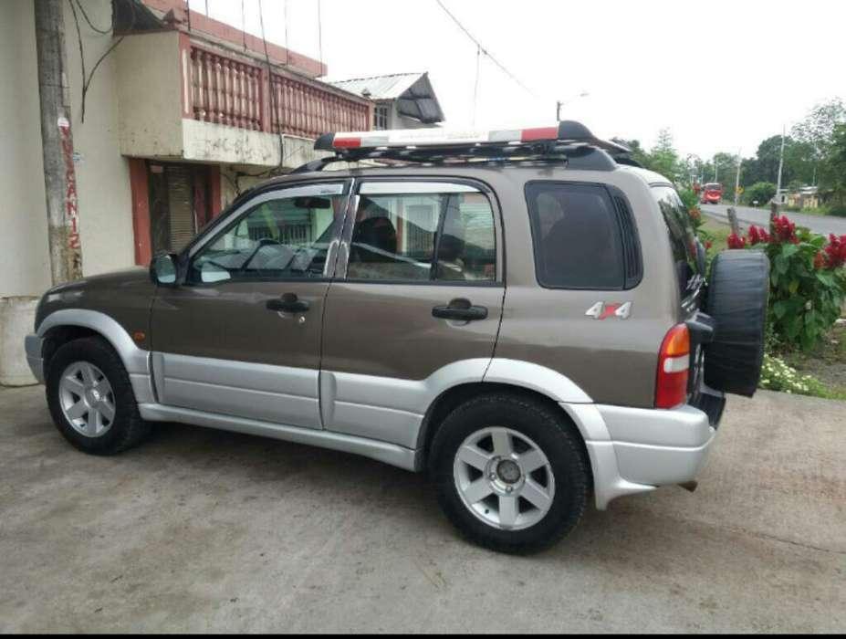 Chevrolet Grand Vitara 2004 - 190000 km