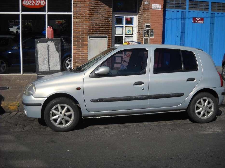 Renault Clio  2001 - 140000 km