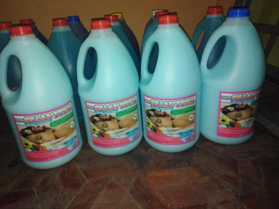 diferentes productos de limpieza de buena calidad concentrados