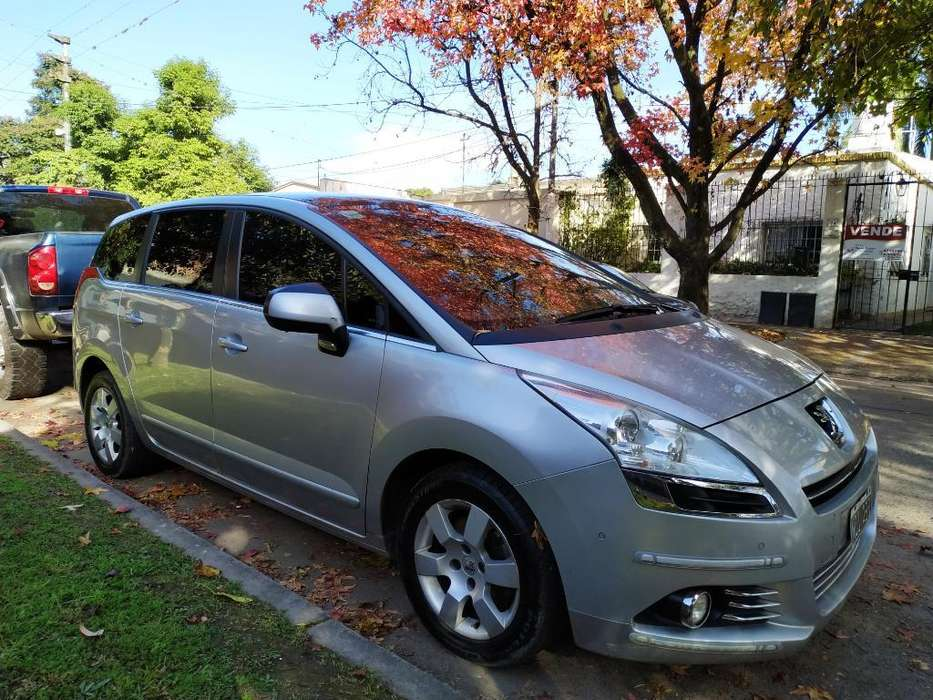 Peugeot 5008 2013 - 61000 km