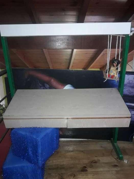 <strong>escritorio</strong> con Dos Cajones Y Biblioteca