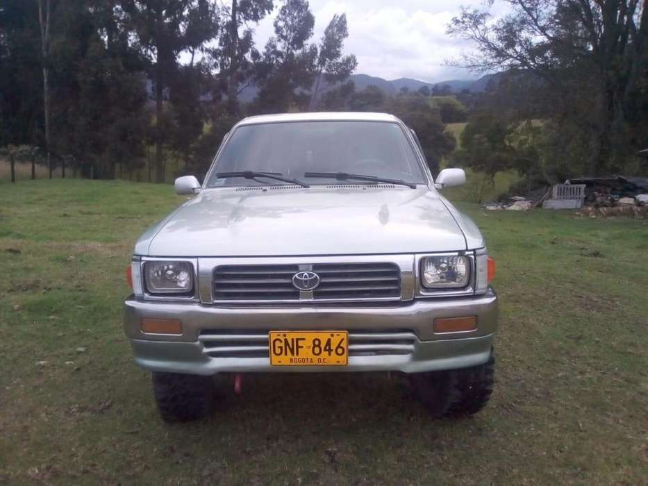 <strong>toyota</strong> Hilux 1996 - 151873 km