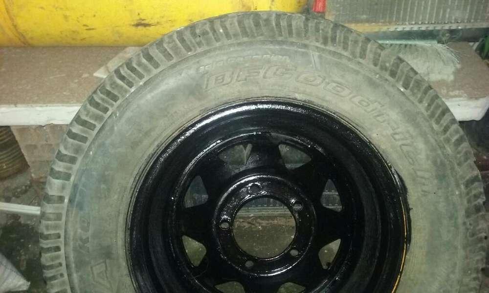 Cubierta Y Llanta 245 70 16 D <strong>ford</strong> F 100