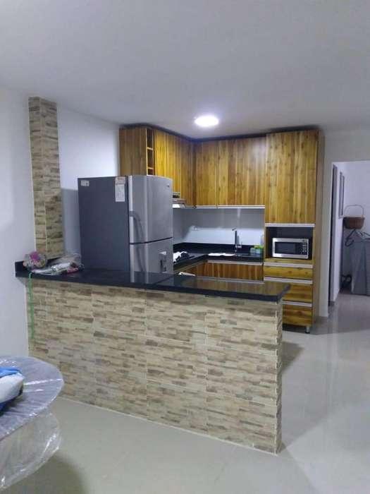 Casa Piso 1 Sector Barrio Mesa. Código 880488