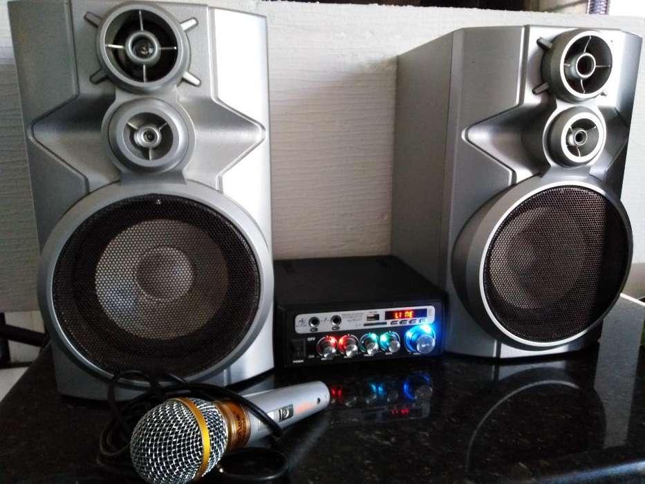 Amplificador Stereo 240w Parlantes