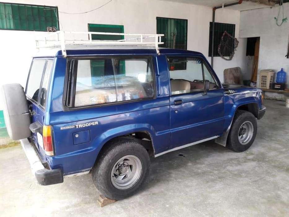 Chevrolet Trooper 1985 - 100000 km