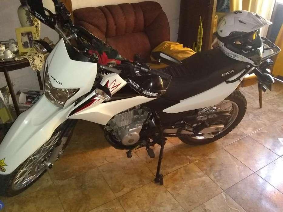 Vendo Motocicleta Honda Xr 150l