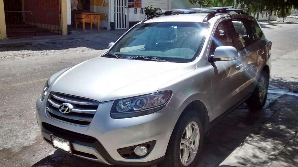 Hyundai Santa Fe 2011 - 90000 km