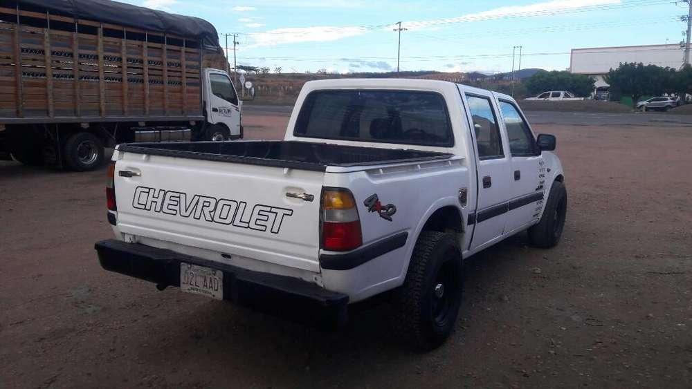 Chevrolet Luv 1999 - 125 km