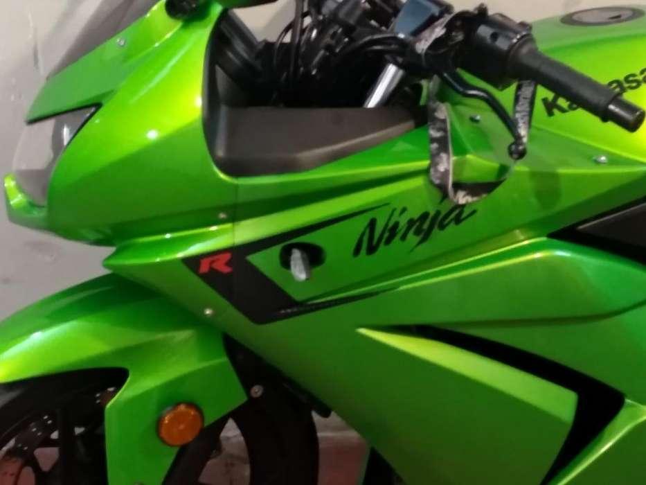 <strong>kawasaki</strong> Ninja 250