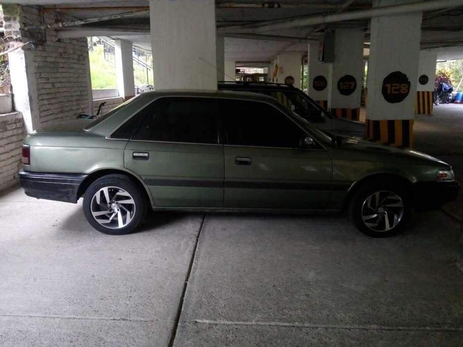 Mazda 626 1990 - 300000 km