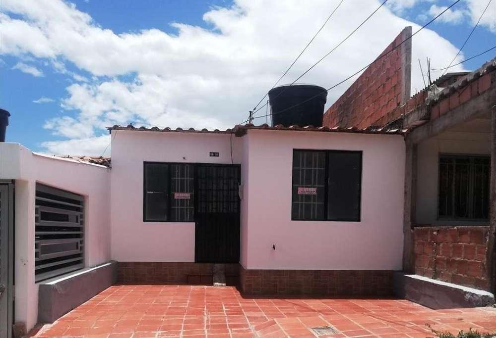 Se vende casa en San Nicolás II (Los Patios)
