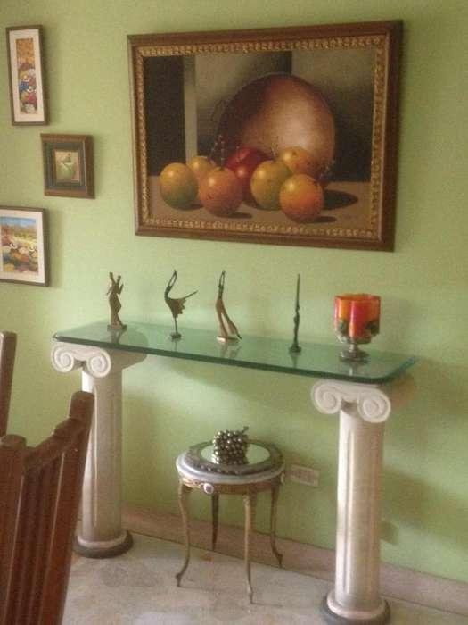 Mesa vidrio decorativa