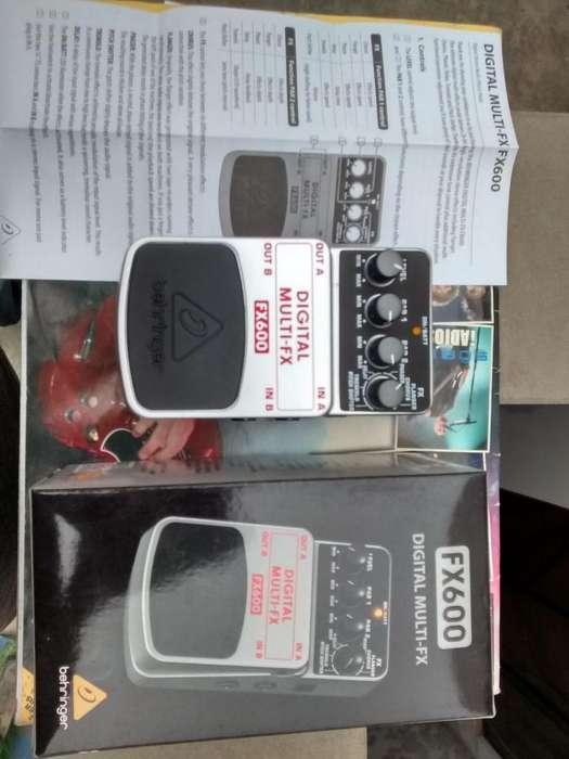 Guitarra Electrica Pedal MULTI-FX