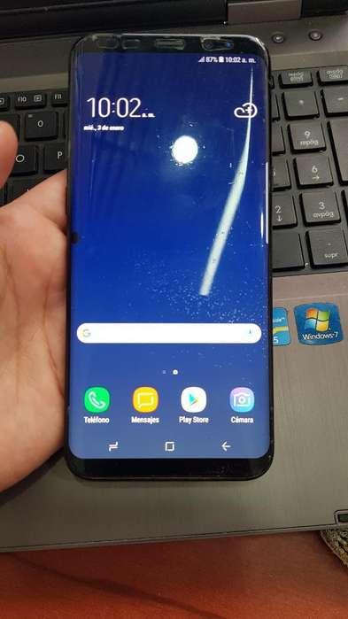 Samsung Galaxy S8 Plus Minimo Detalle