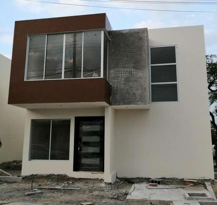 Casa en Venta en Manta 2000