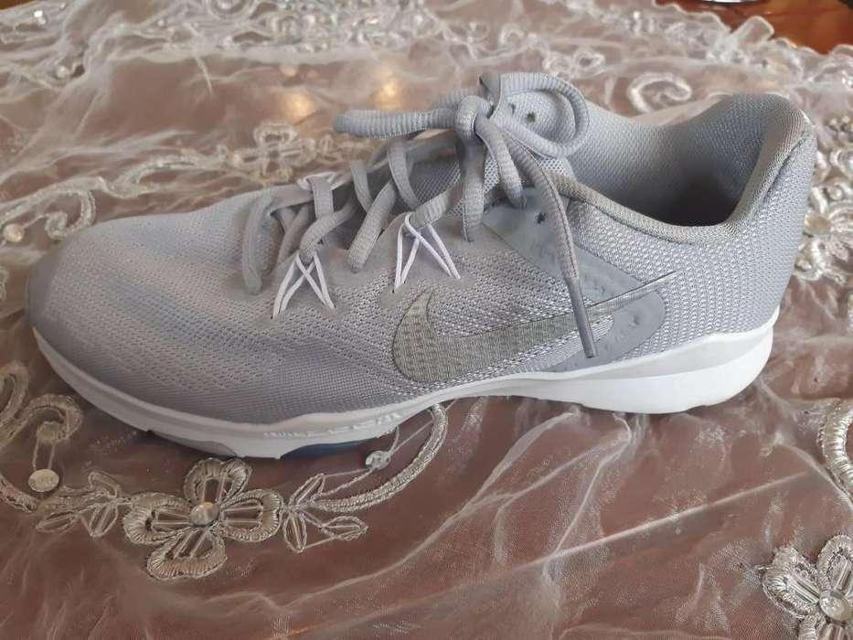 Hermosos zapatos Nike mujer originales