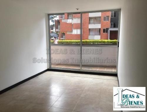 Apartamento En Venta Envigado Sector Cumbres. Código 878735