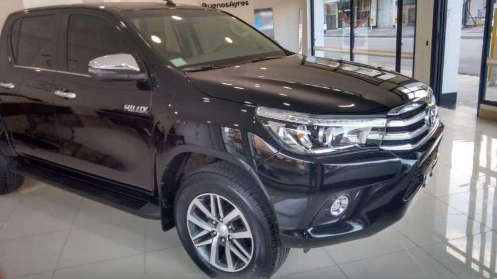 Toyota Hilux 2018 - 10500 km
