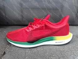 By Photo Congress || Zapatillas Nike Saga Falabella Chiclayo