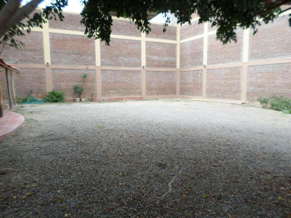 Terreno en venta Urb. Miraflores frente a OPEN PLAZA PIURA