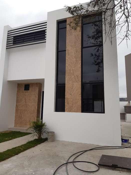 Casa de Venta Zona Norte Portoviejo