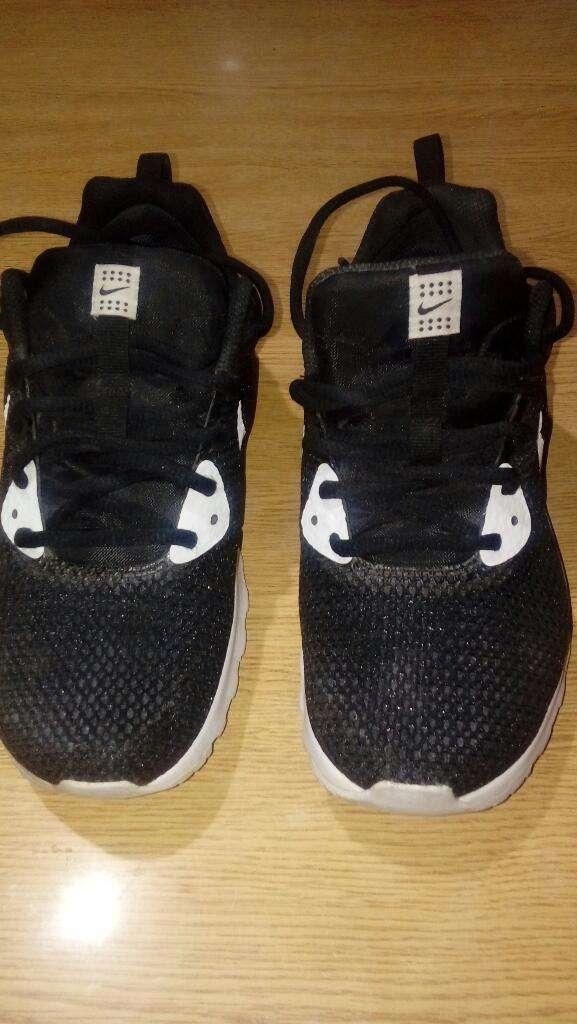 Vendo Zapas Nike. Numero 38.