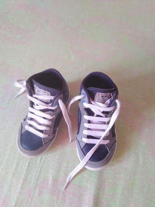 Vendo 2 Parejas de Zapatos