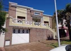 Casa 2 dormitorios Zona 5 esquinas/ Santa Teresita.