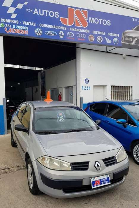 Renault Megane II 2006 - 200000 km