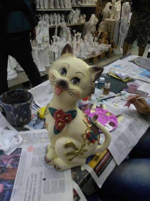 Hermoso Gato en Ceramic a