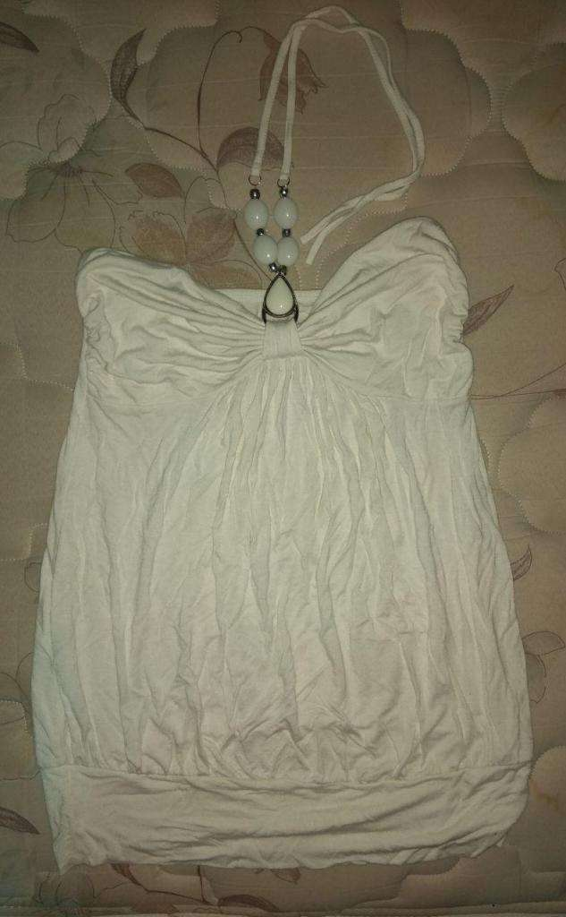 Top Blanco, con collar. T2