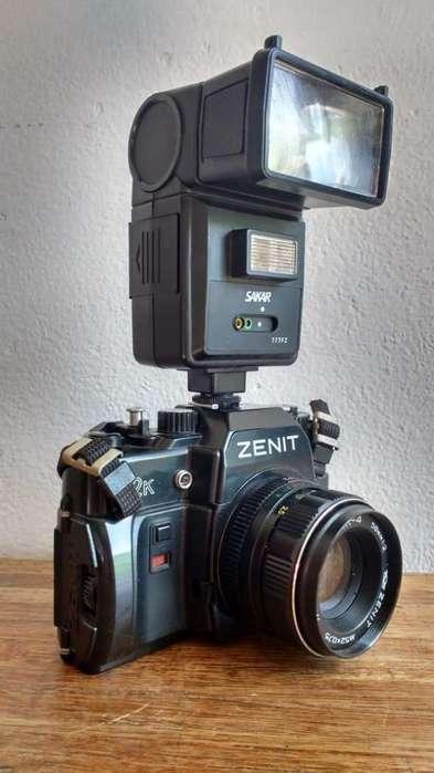 Vendo camara de fotos analogica marca Zenit 122