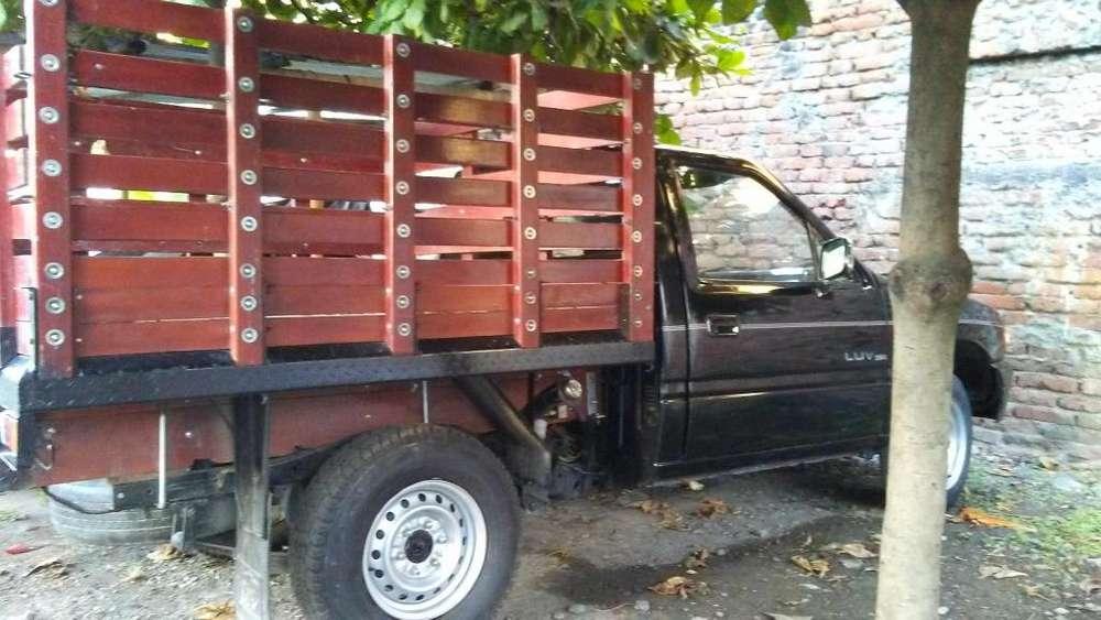 Chevrolet Luv 1992 - 80000 km