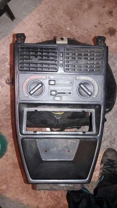 Consola de Fiat Uno