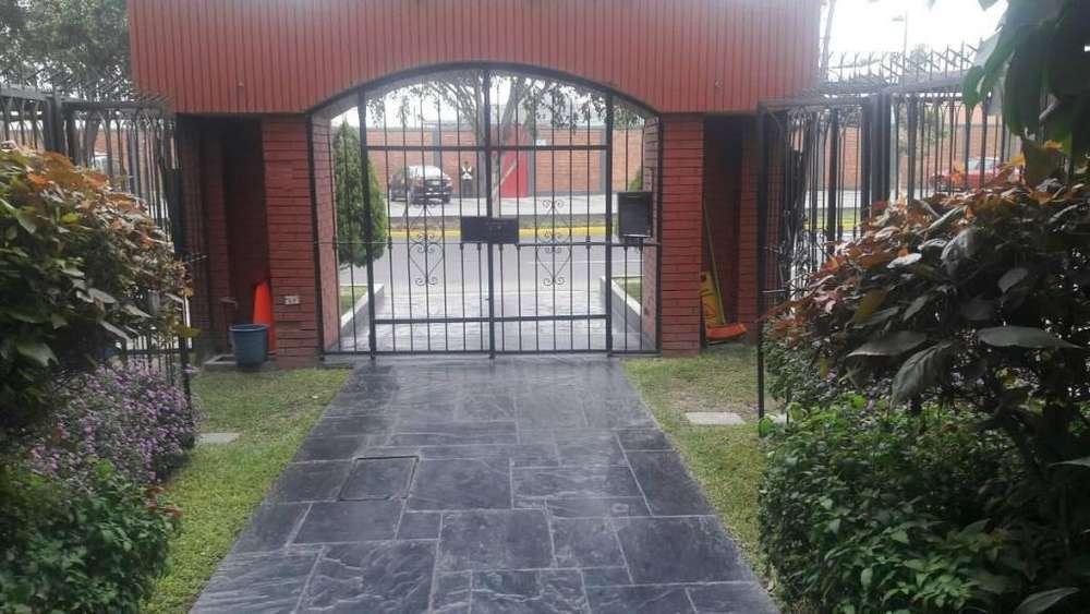 BAJO DE PRECIO!!!Vendo Departamento en Camacho La Molina Limite Surco