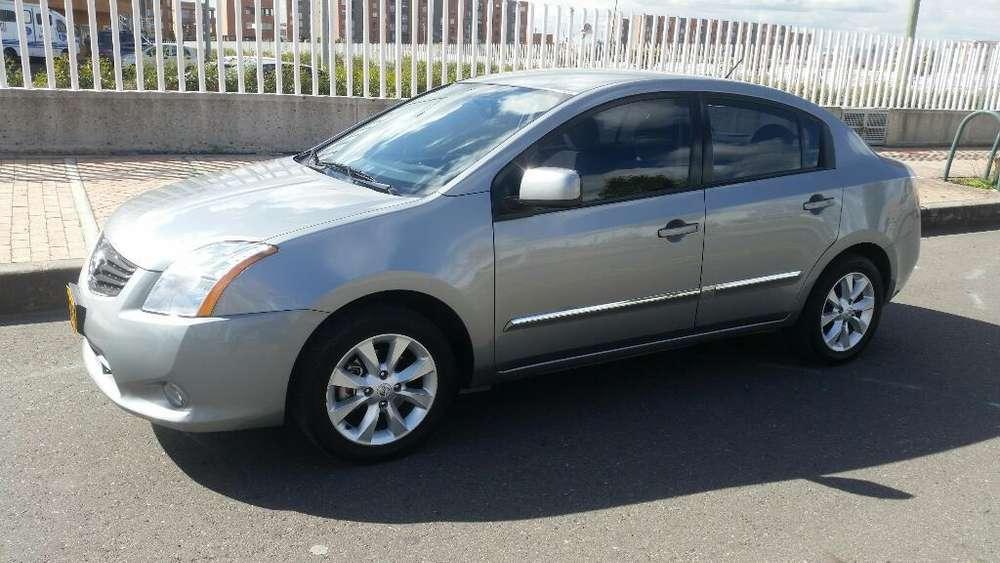 Nissan Sentra 2011 - 104000 km