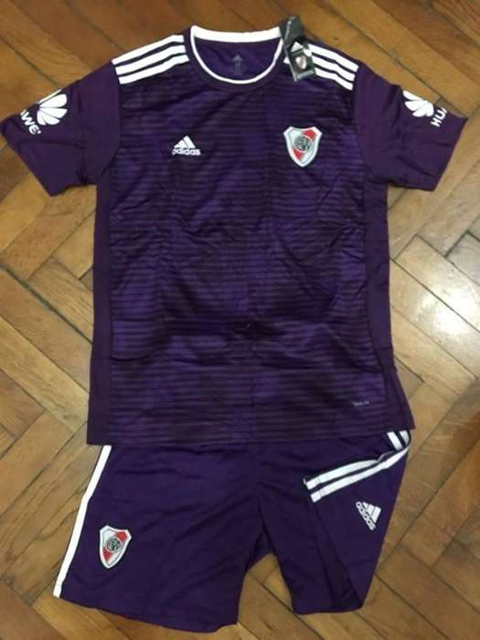 Conjunto Camiseta Short River Plate 2018/19 Alternativa