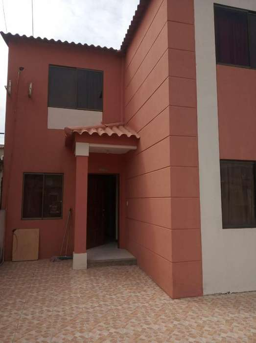 La Joya Vendo Casa 4 Habitaciones