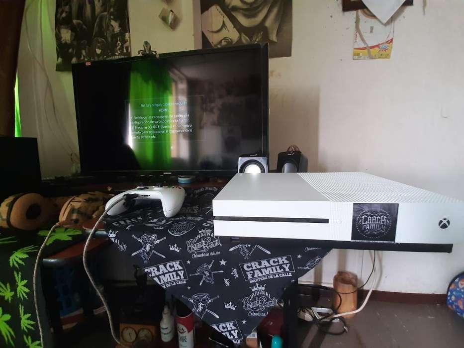 Vendo Xbox One S . 1 Tera