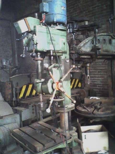 Agujereadora de columna
