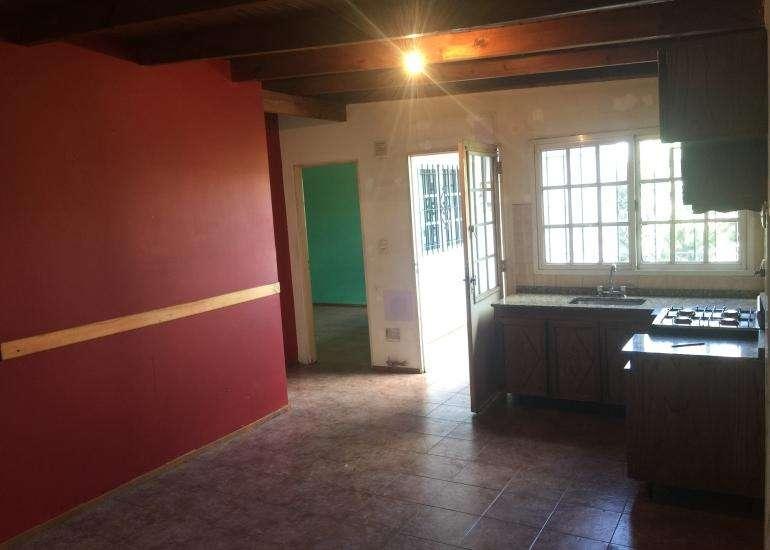 ALQUILER Departamento 3 ambientes, ubicado en Balcarce 674, Lomas de Zamora