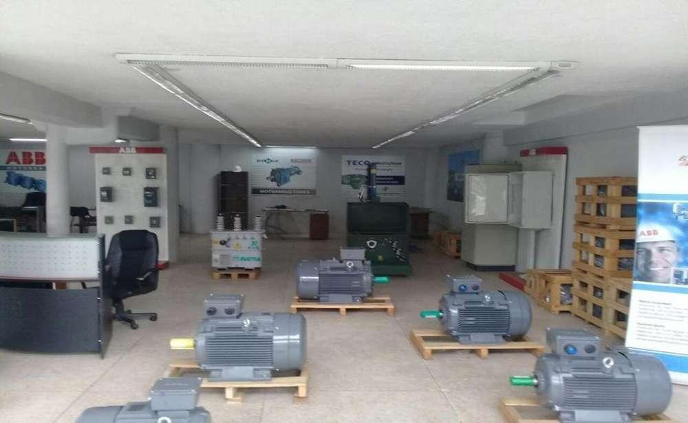 Iñaquito, Local comercial en venta, 3 ambientes, 170 m2