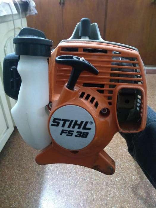 Vendo Motoguadaña Stihl Fs38