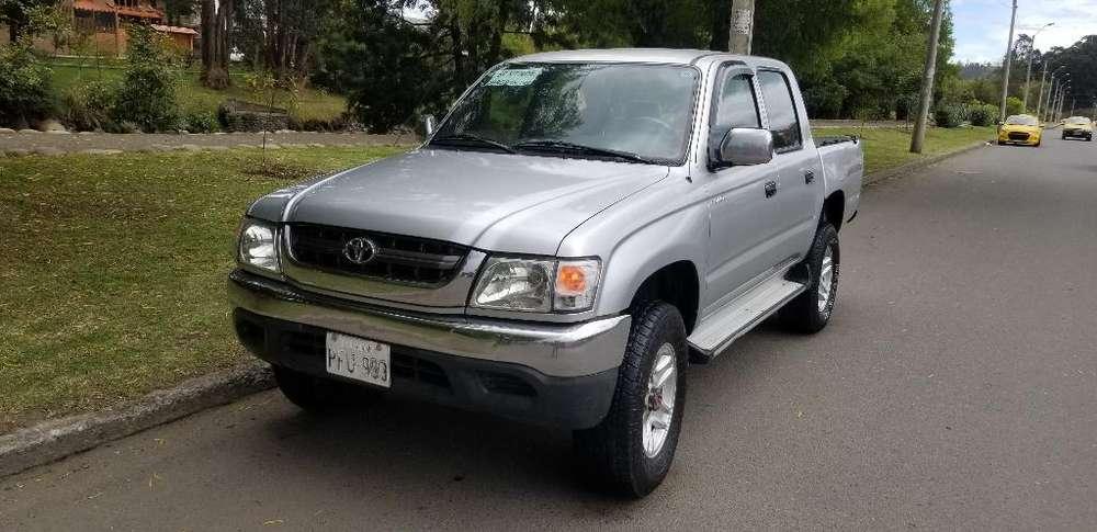 Toyota Hilux 2004 - 0 km