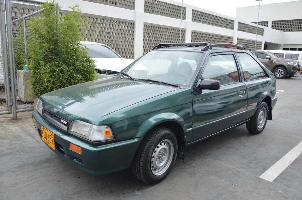 Mazda 323 1997 - 319809 km
